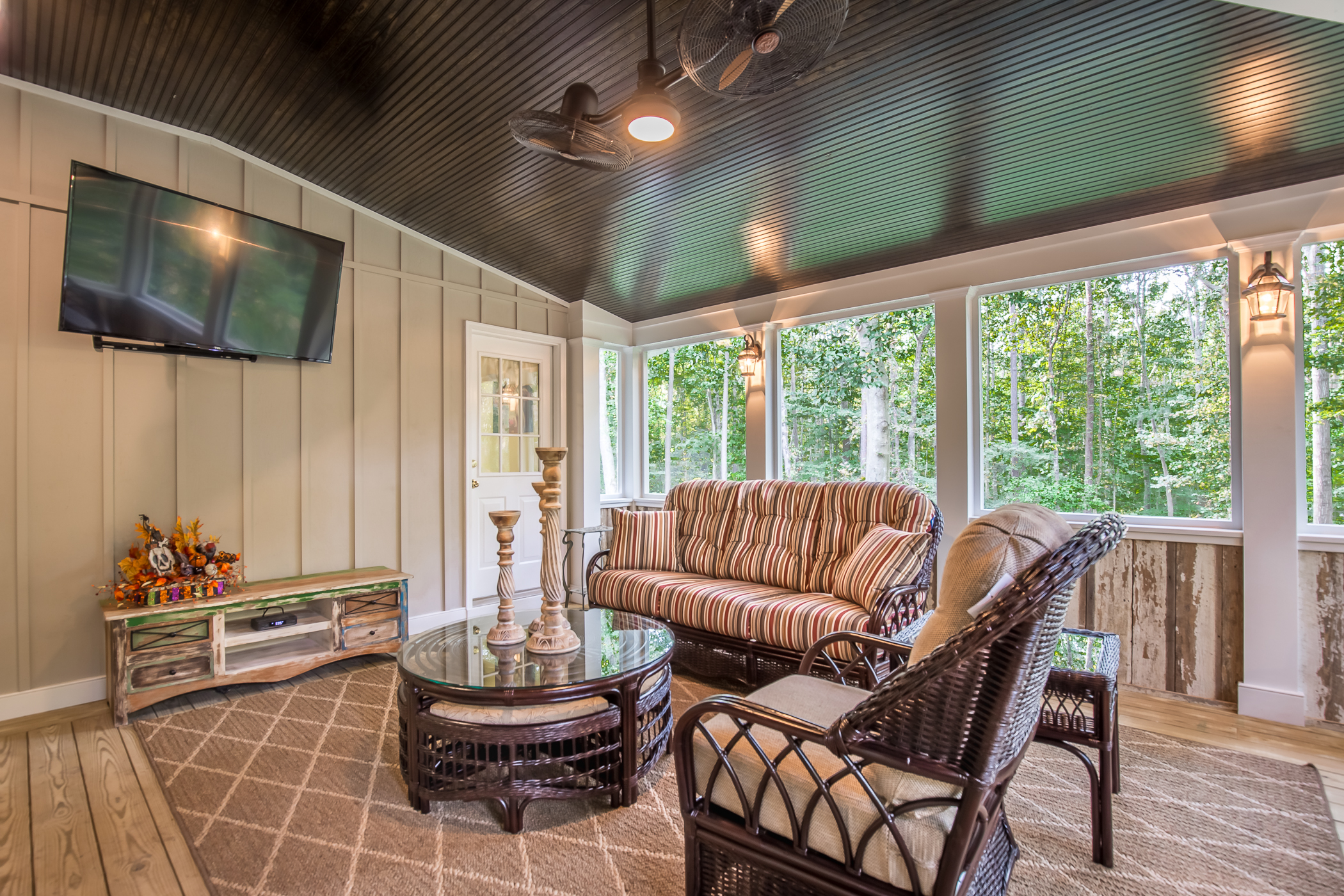 Country Style Screened Porch in Chesterfield VA | RVA
